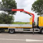 Open laadbak met Palfinger autolaadkraan voor bouwbedrijf